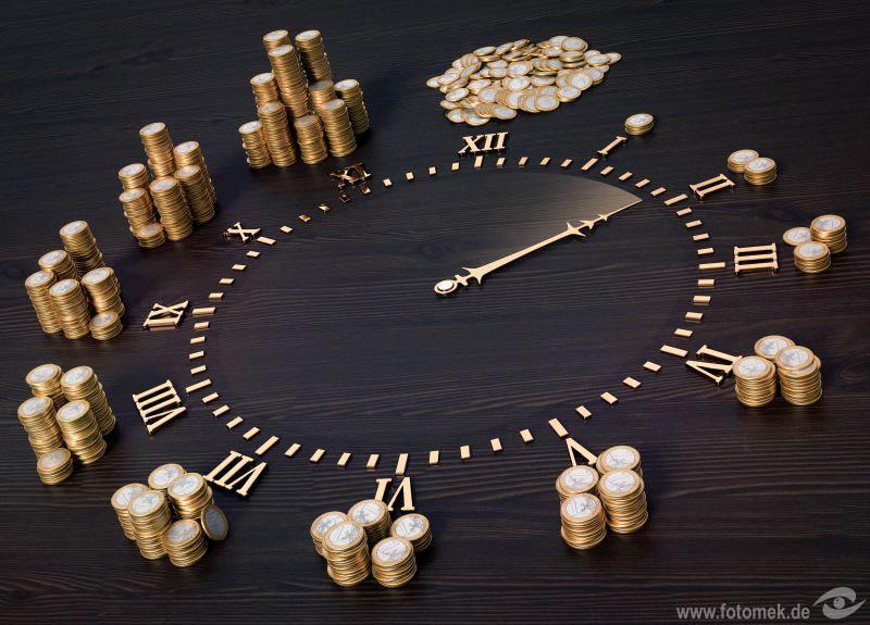 Zifferblatt mit Geldmünzen - Zeit ist Geld